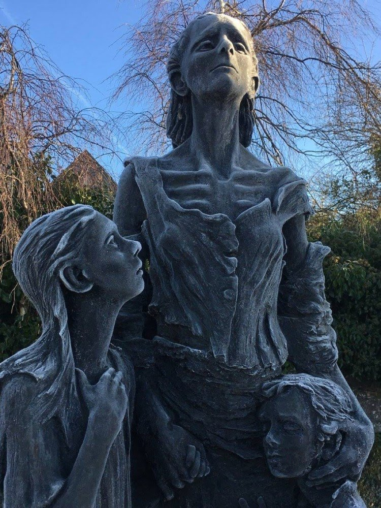 a-frosty-famine-memorial-statute-outside-the-old-workhouse-in-roscommon-town
